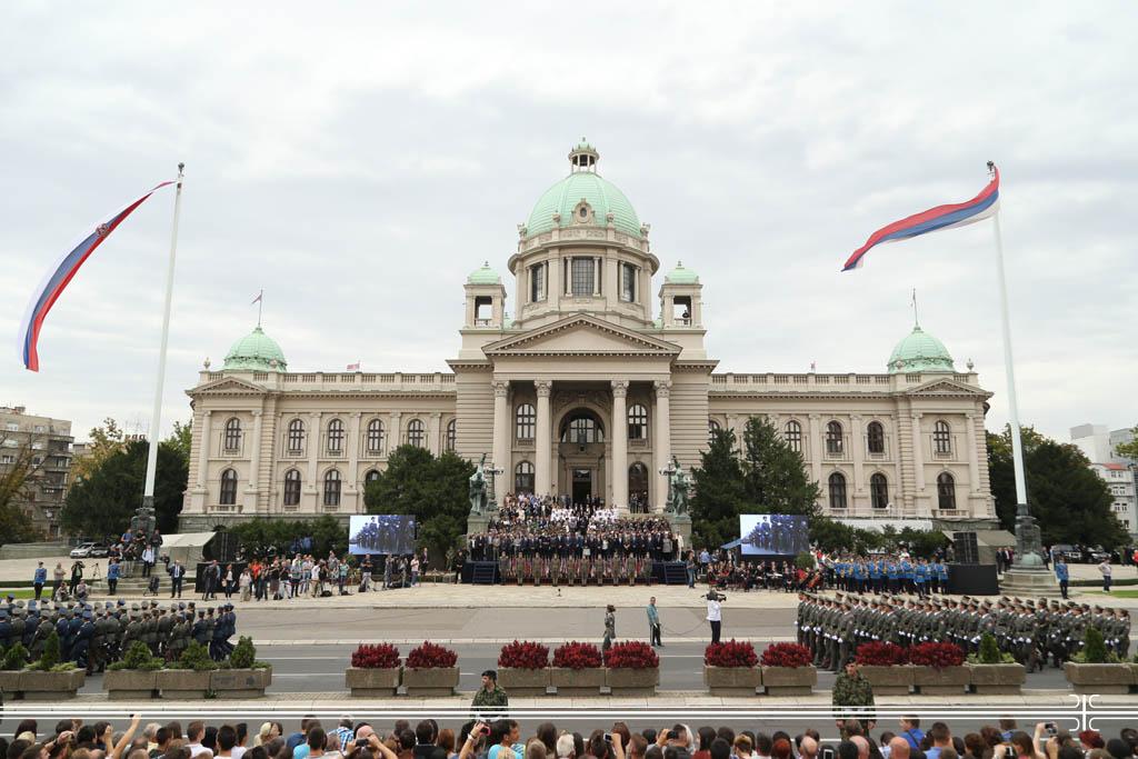 Promovisani najmlađi oficiri Vojske Srbije.jpg