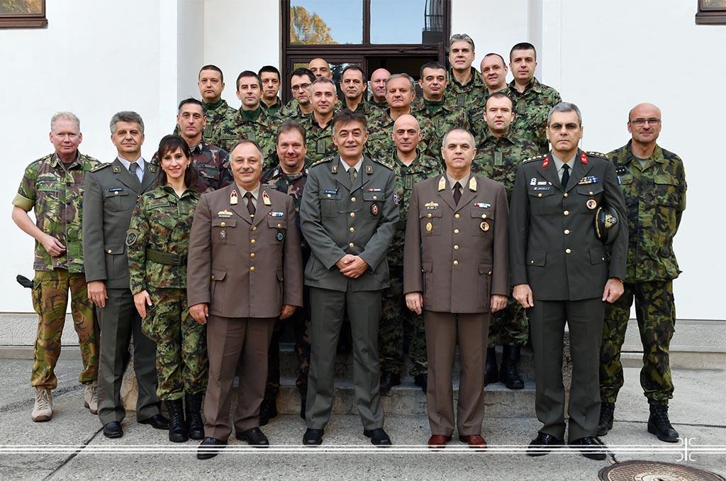 Završen međunarodni kurs vojne medicine.JPG